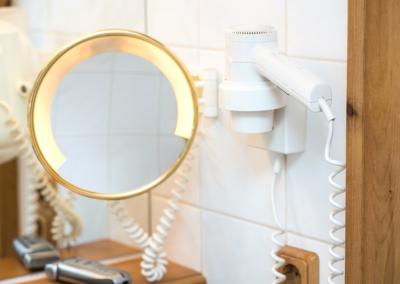 mirror blowdryer unlimited hotel supply